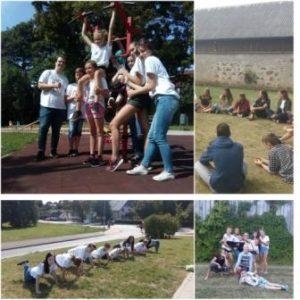 Jaunieši iepazīst brīvprātīgā darba daudzveidību